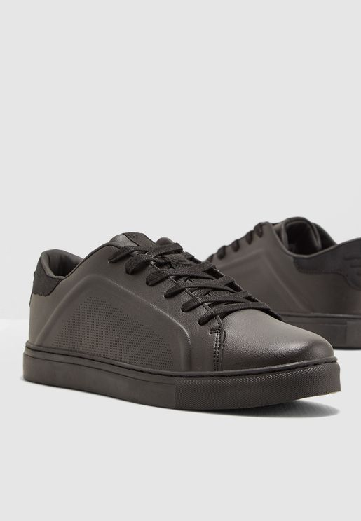 factory price 4b56d c2971 Discounted Price Shoes for Men   Online Shopping at Namshi UAE