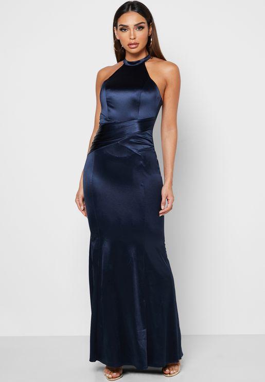 فستان ستان باجزاء مزمومة