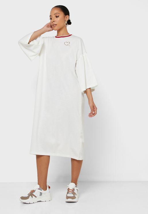 فستان بنمط تيشيرت واسع