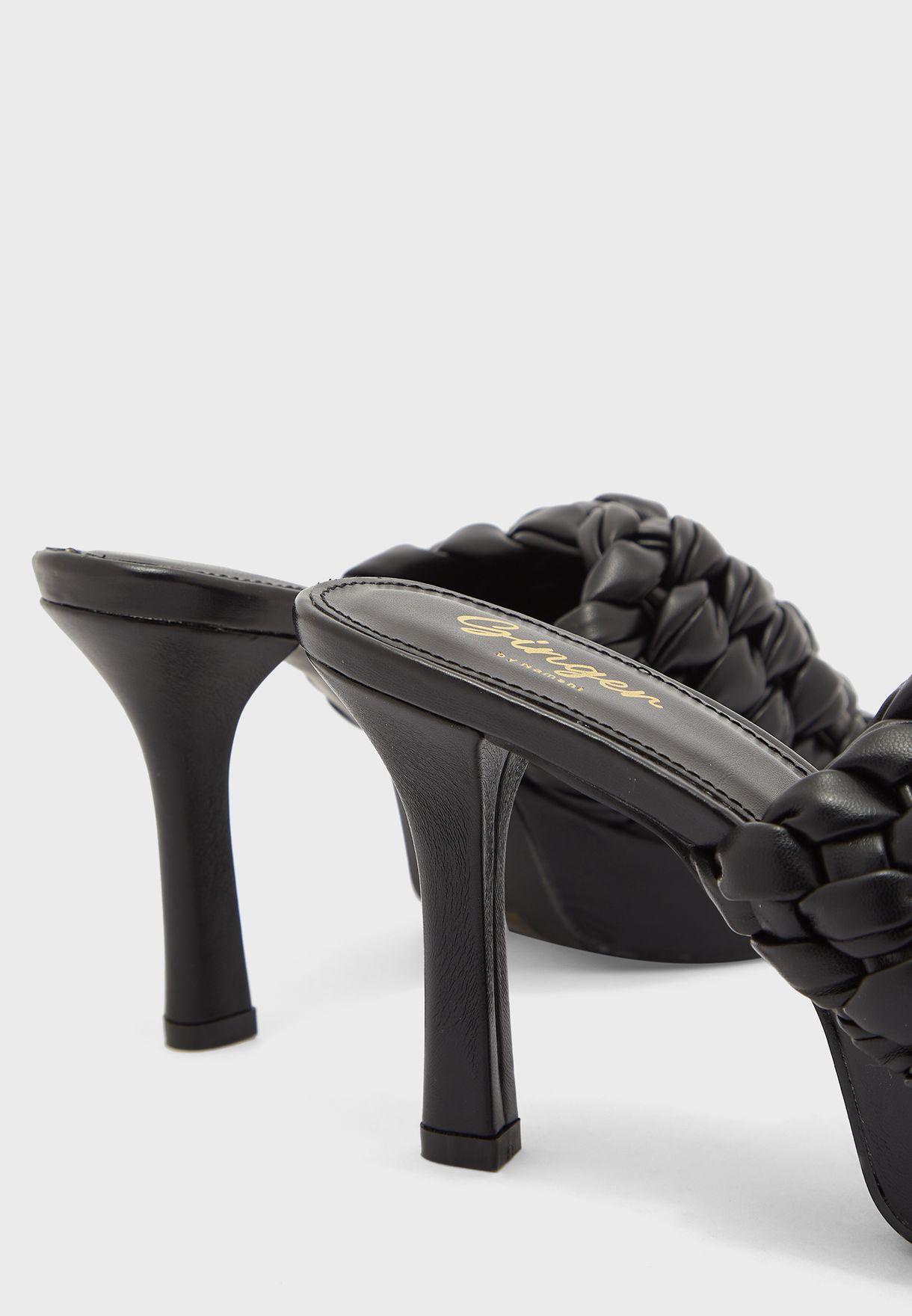 حذاء مضفور بكعب بلاتفورم