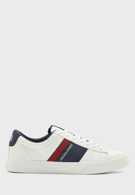 Mistry Low Top Sneaker
