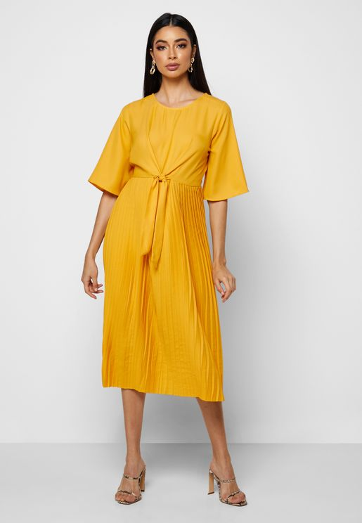 Wide Sleeve Tie Waist Pleated Dress