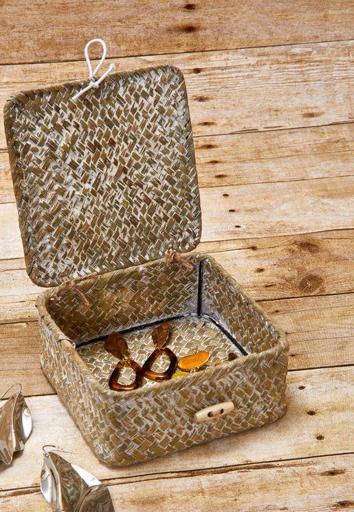 صندوق تخزين من قش