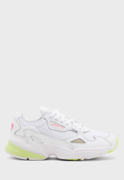 حذاء فالكون
