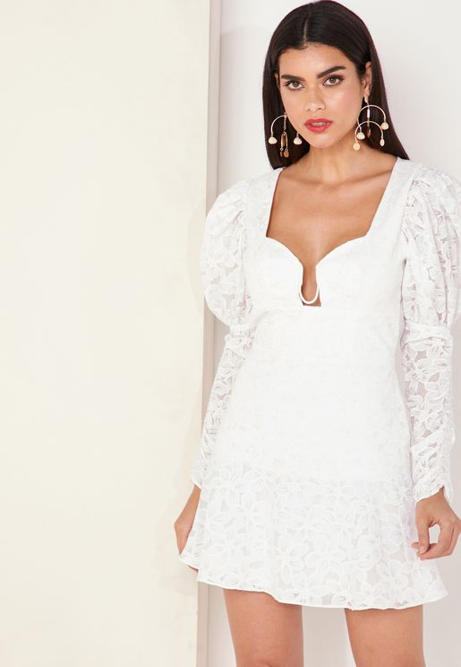 Evie Puff Shoulder Ruched Sleeve Lace Dress