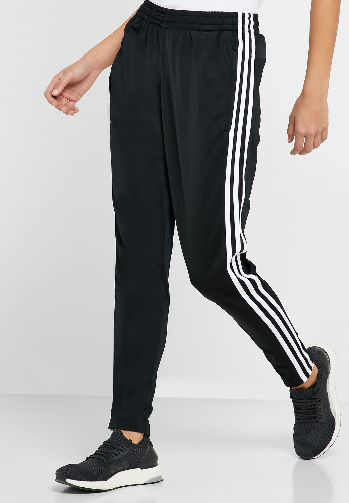 3 Stripes Essentials Sports Women's Tracksuit