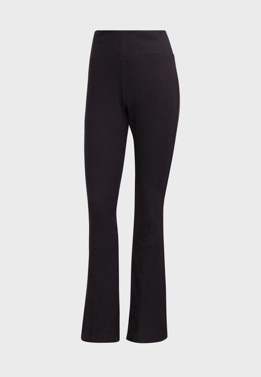 Essential Flared Pants