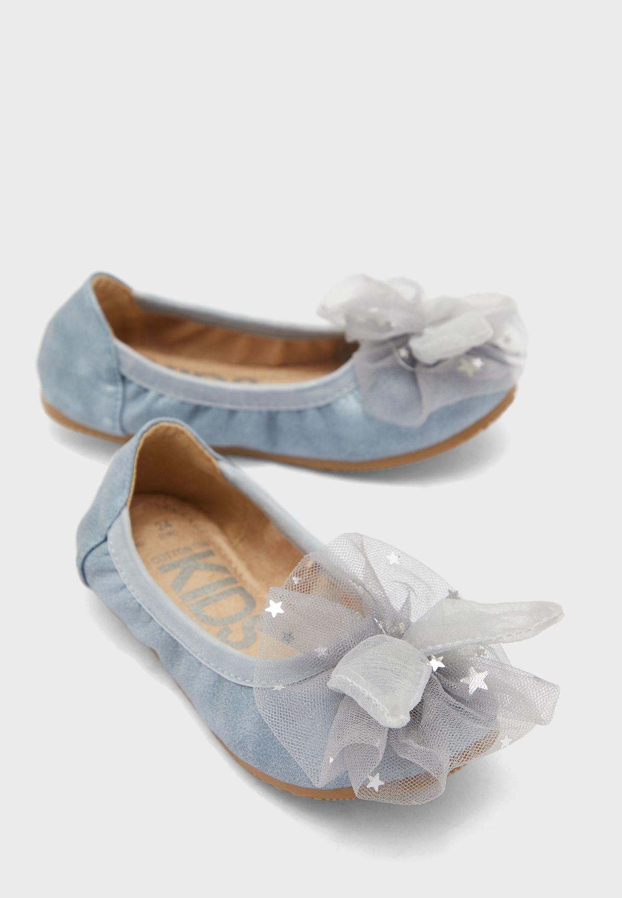 حذاء بفيونكة شبك