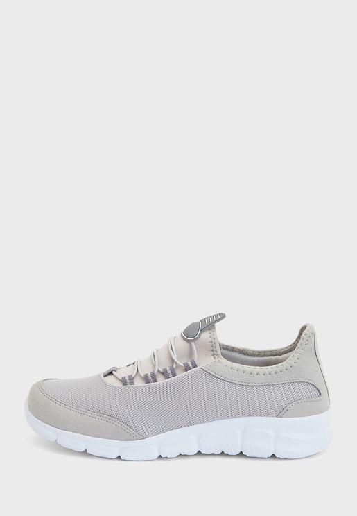 Sports Low Top Sneaker