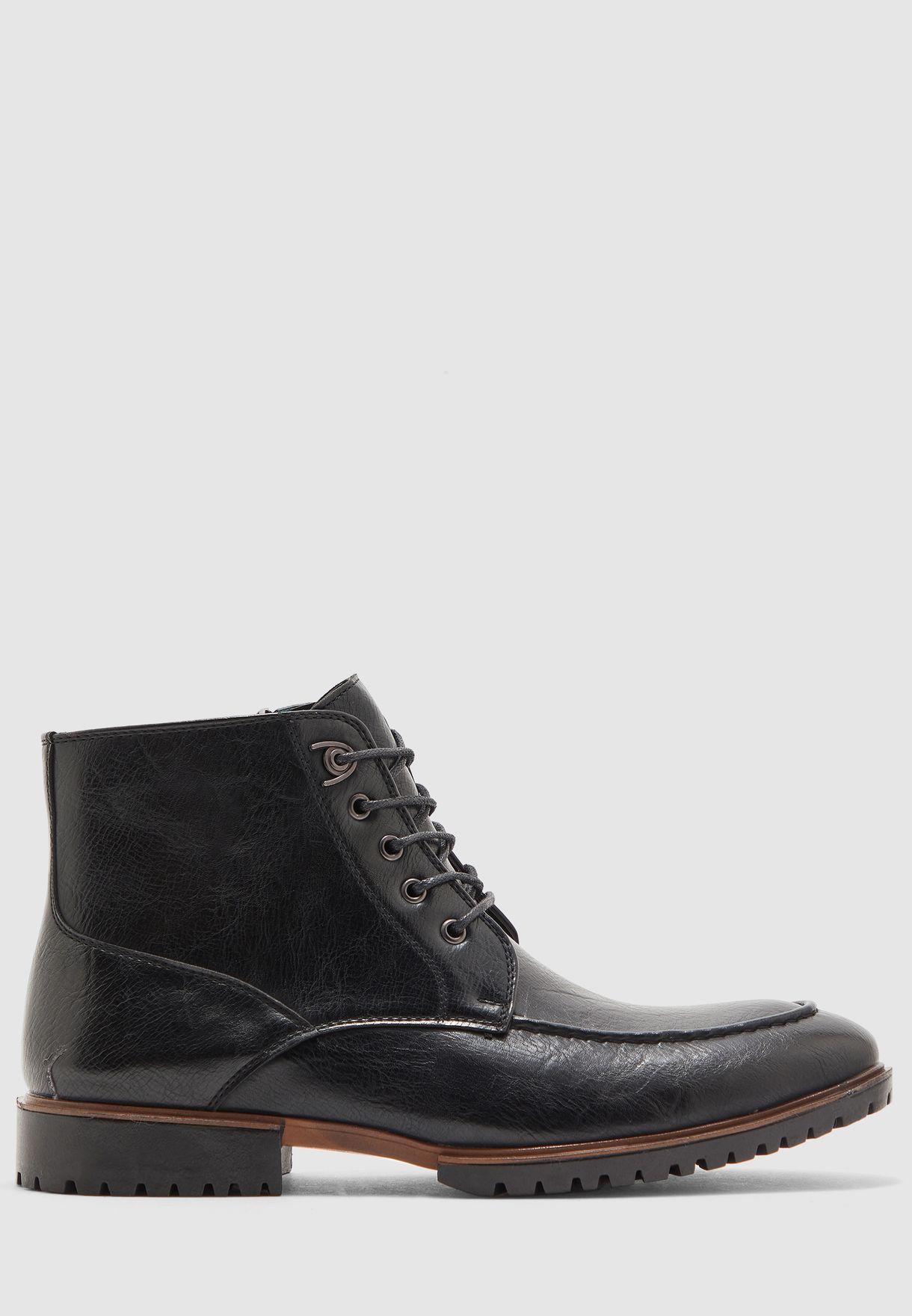 Apron Boots