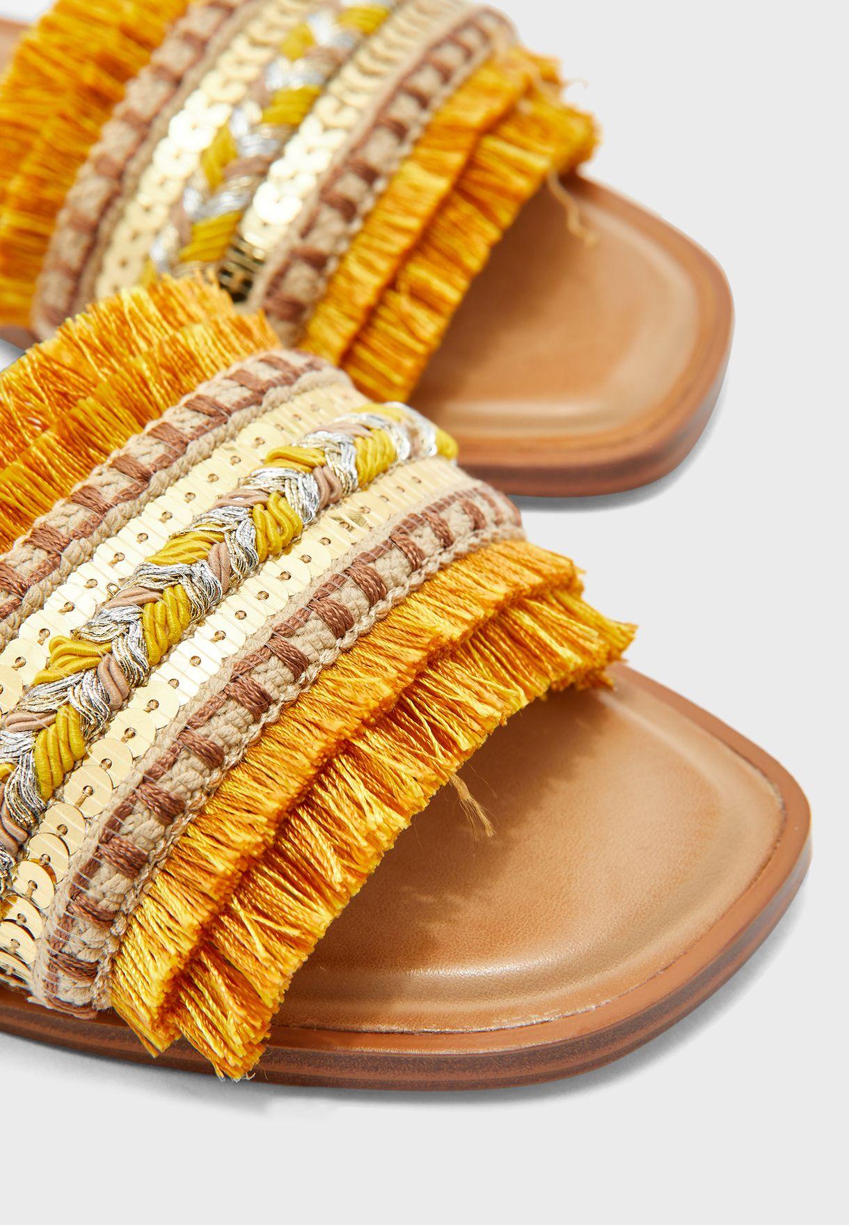 Rockyy Flat Sandals
