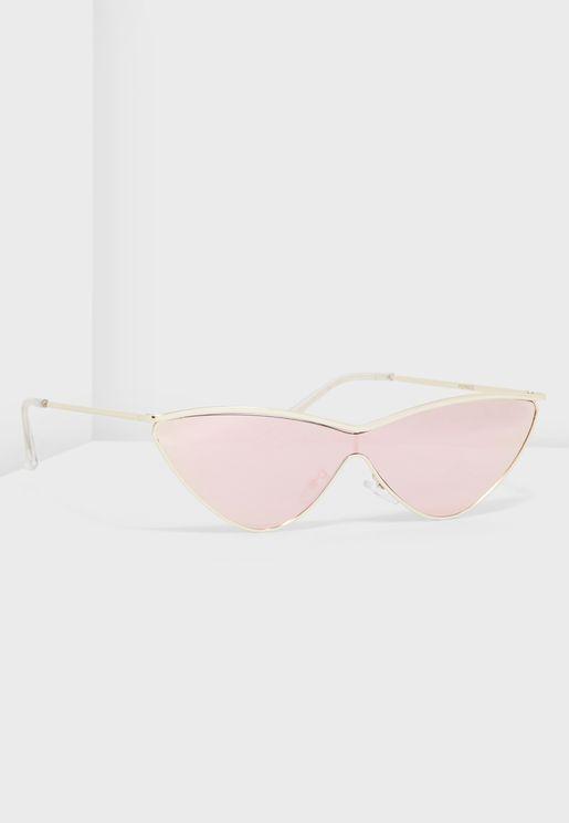 نظارة شمسية عاكسة بنمط عين القط