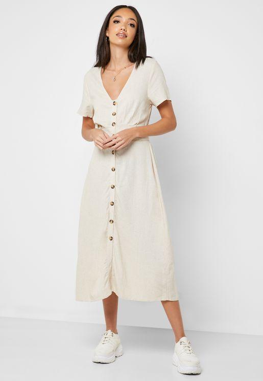 فستان بأزرار واكمام قصيرة