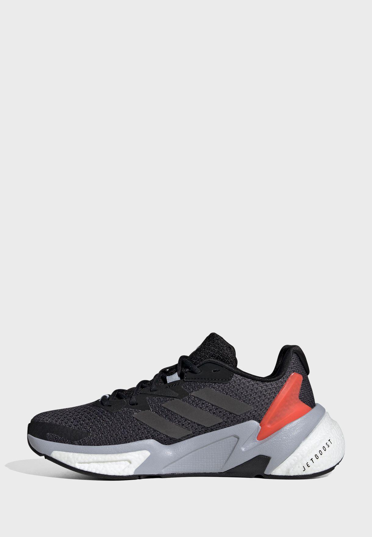 حذاء اكس 9000 ال3