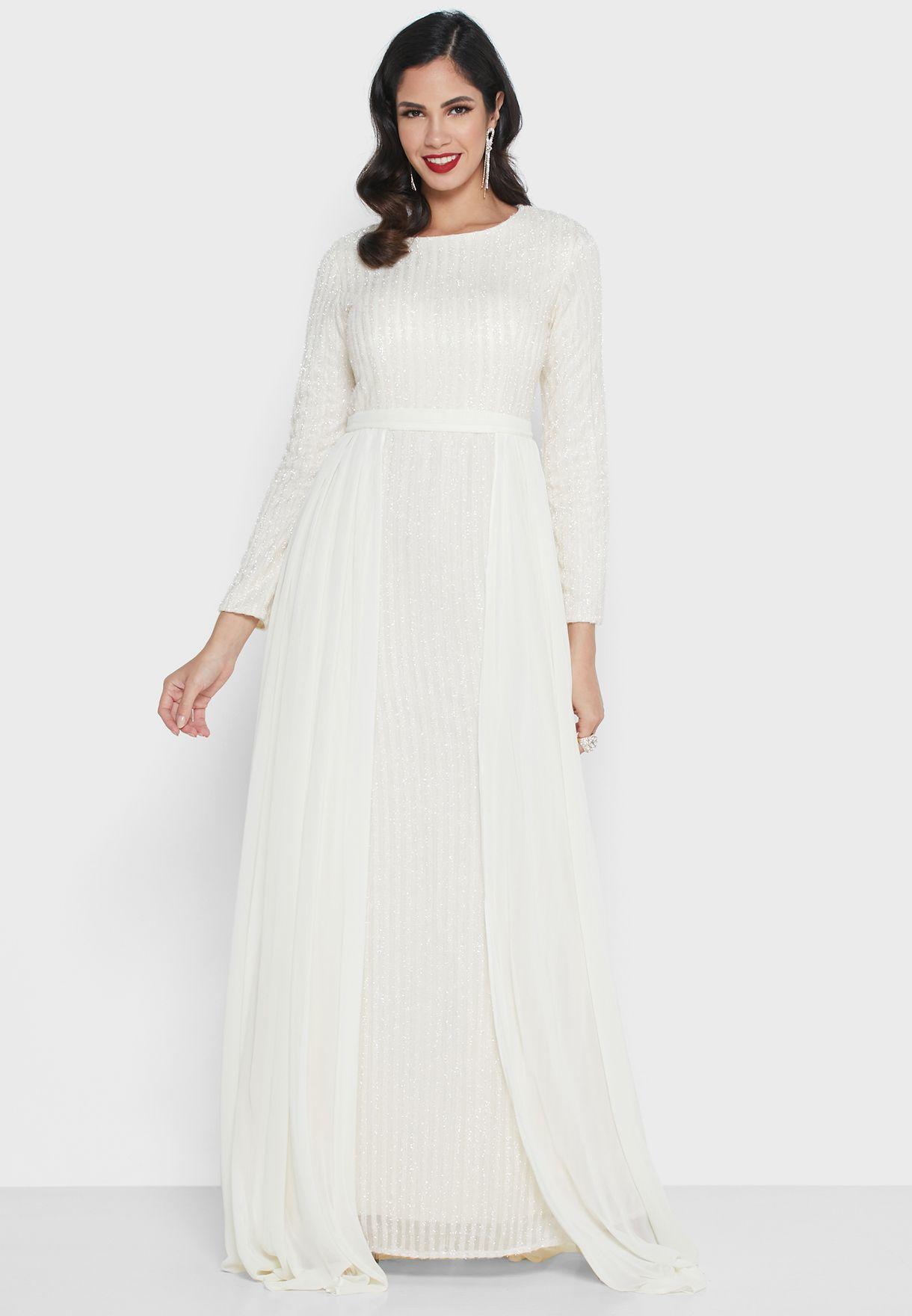 فستان ماكيب بطبقة شفافة