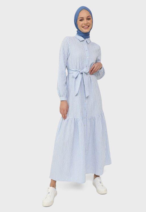 فستان بكسرات واربطة