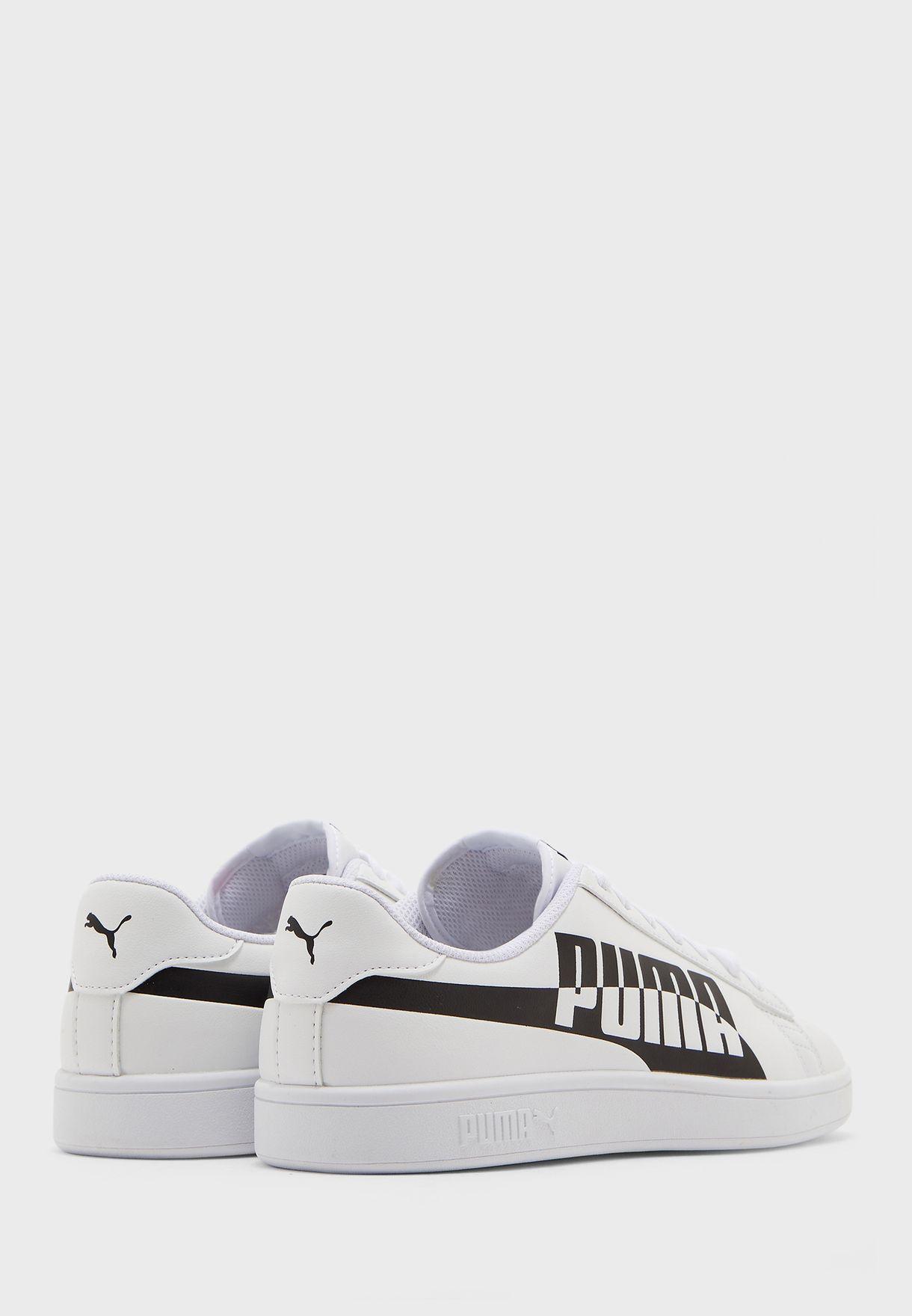 حذاء سماش في 2 ماكس