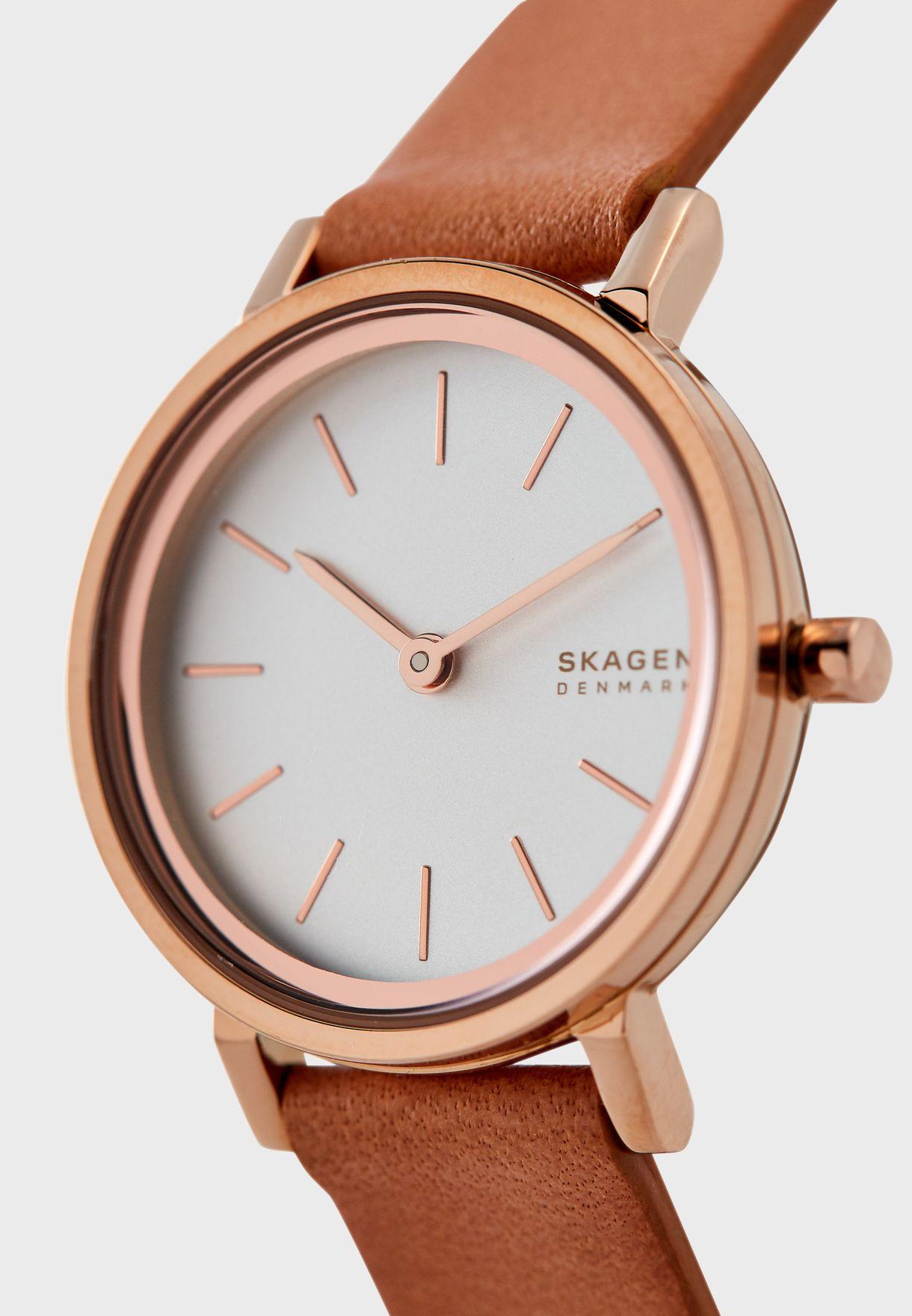 SKW2825  Mesh Strap Analog Watch