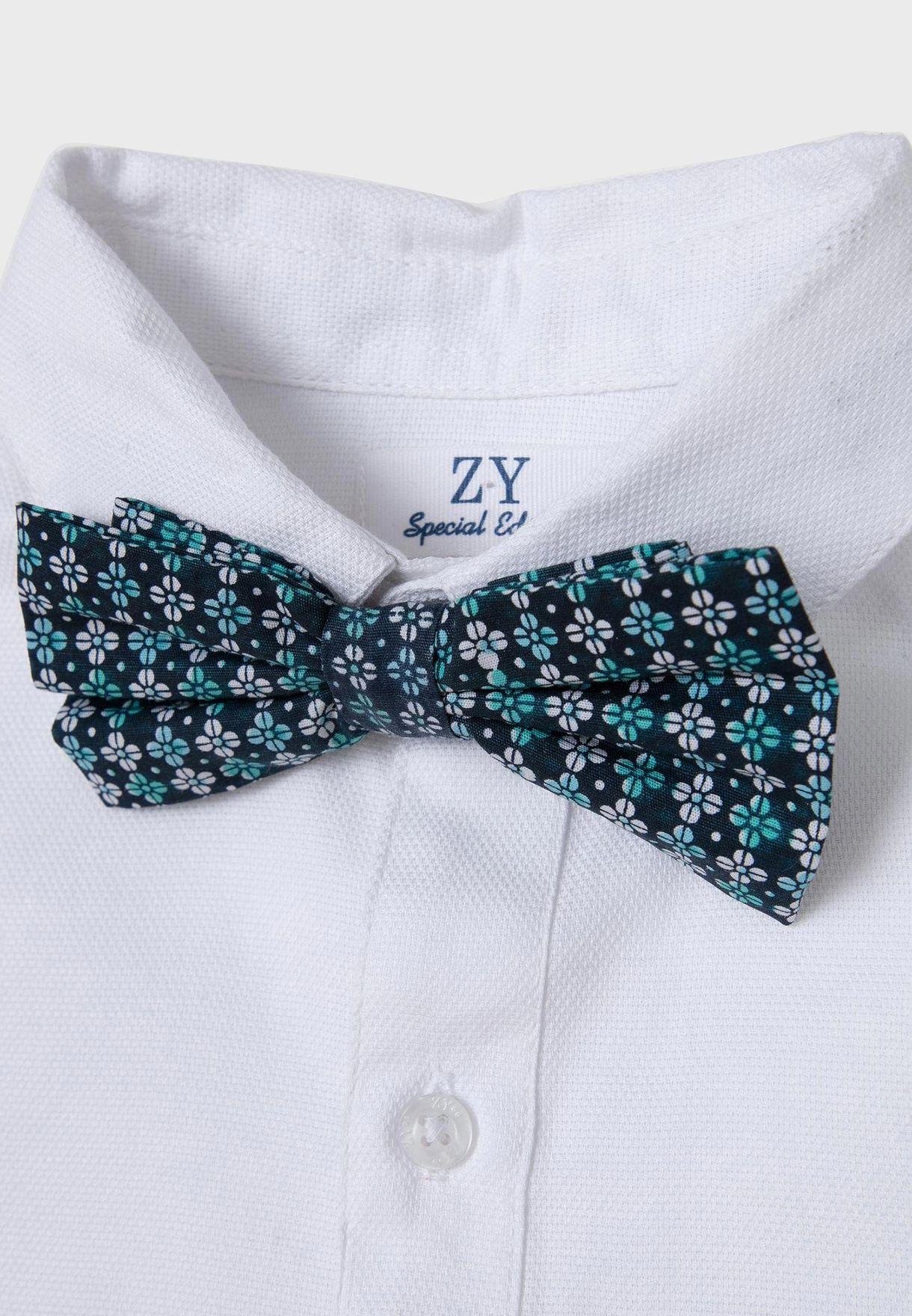 قميص مع ربطة عنق