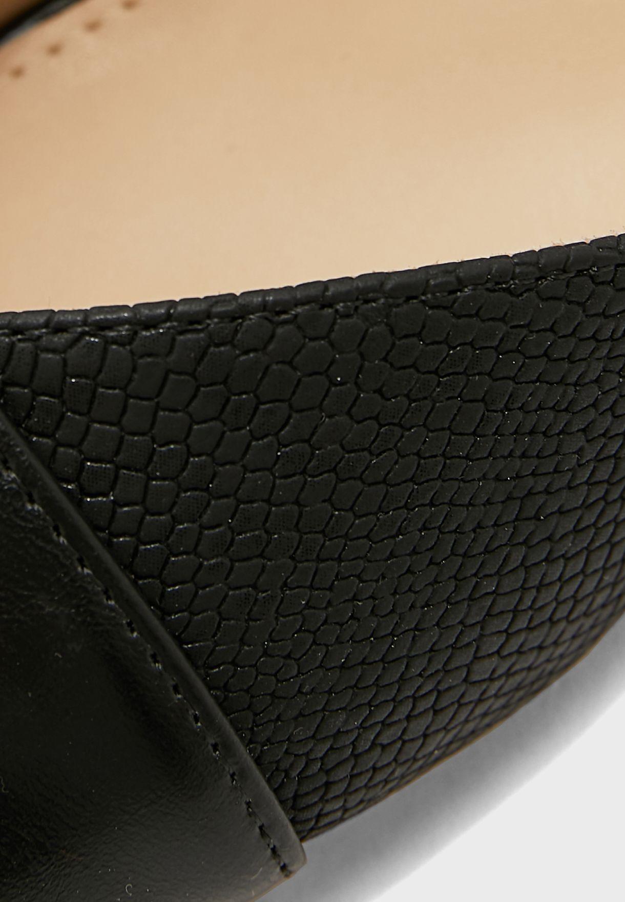 Contrast Texture Slingback Pointed Kitten Heel Pu