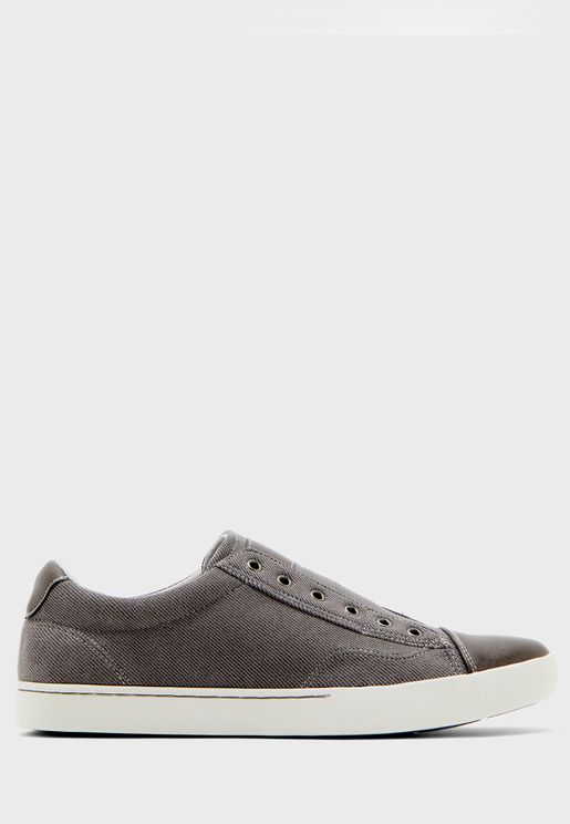 Dummy Casual Slip Ons
