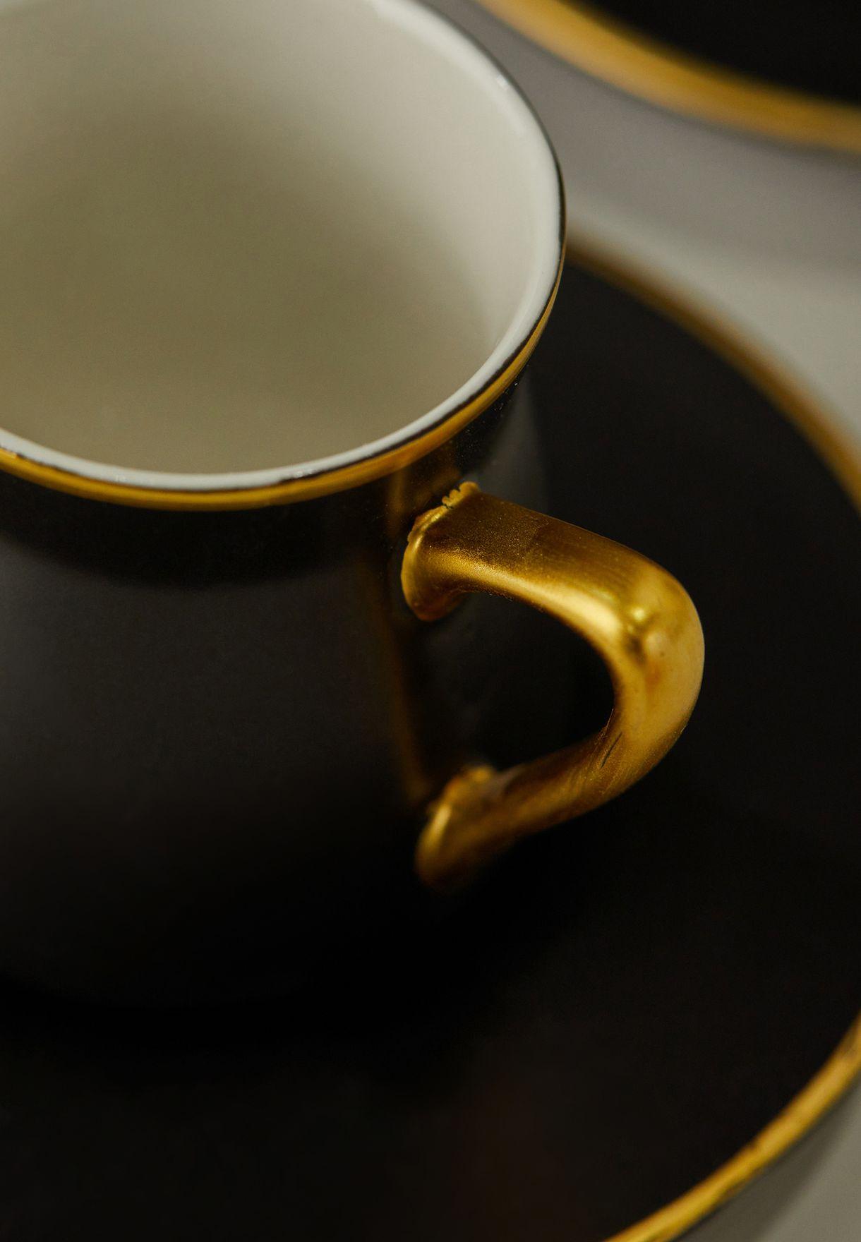 مجموعة من 6 اكواب شاي مع صحون
