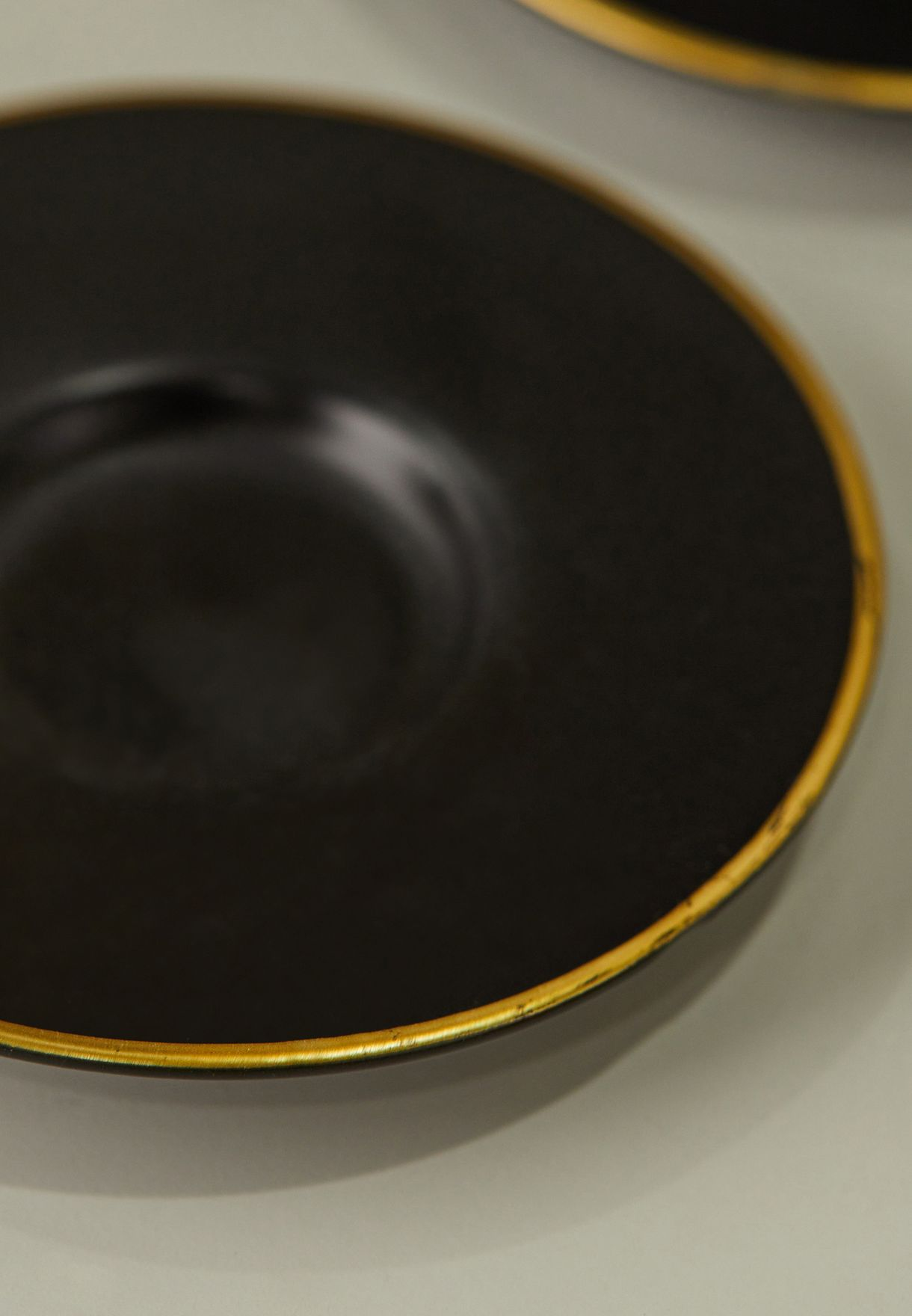Set of 6 Black and Gold Tea Cups