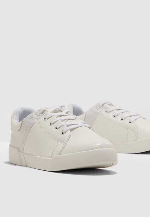 Youth Adria Sneaker