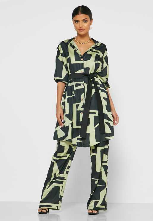 Button Down Printed Top with Straight-Leg Matching