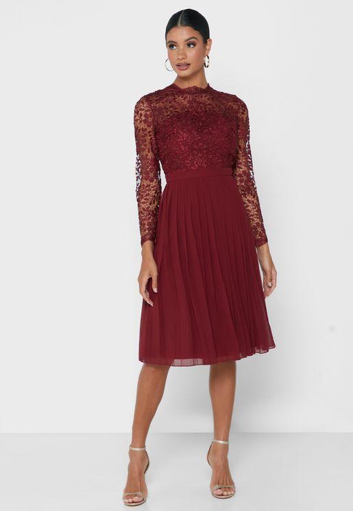 Lace Detail Crochet Dress