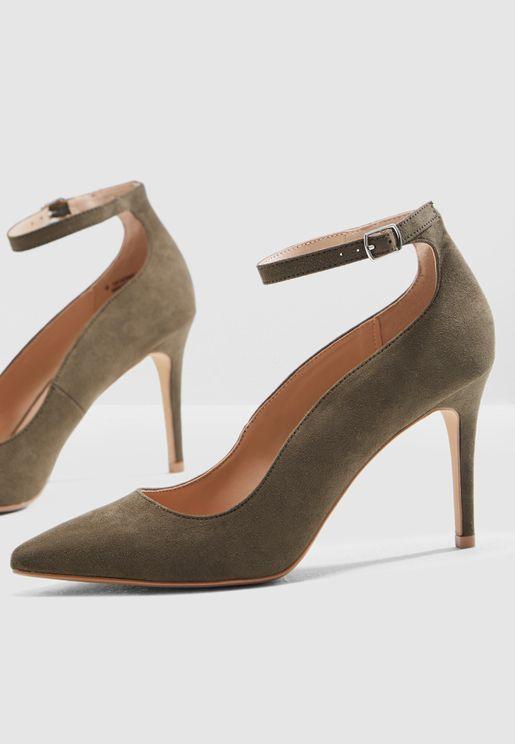 حذاء عصري بسير كاحل