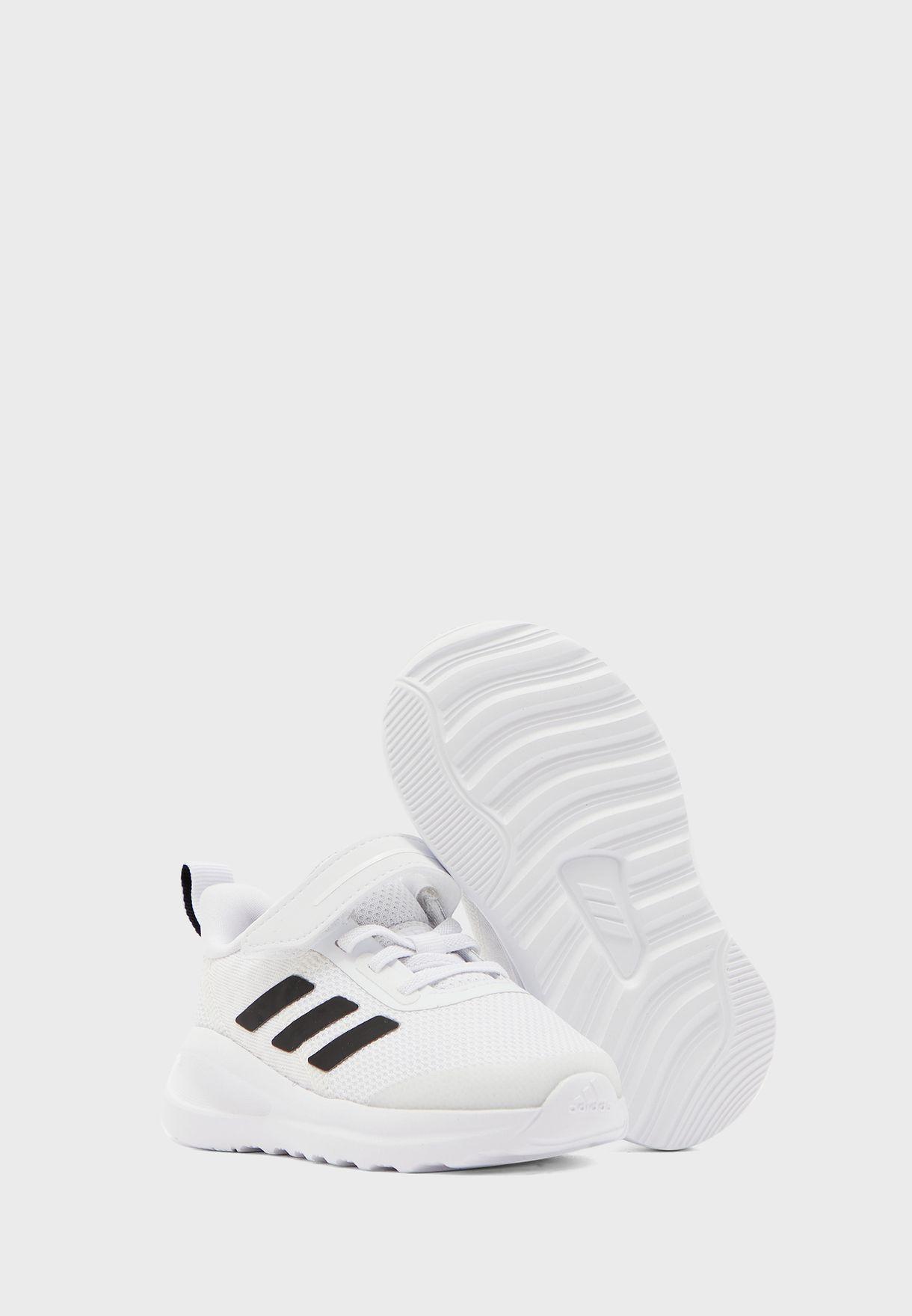 حذاء فورتارن الرياضي