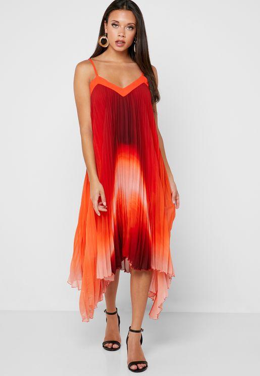 f1a53cd0e5bf Wallis Clothes for Women | Online Shopping at Namshi UAE