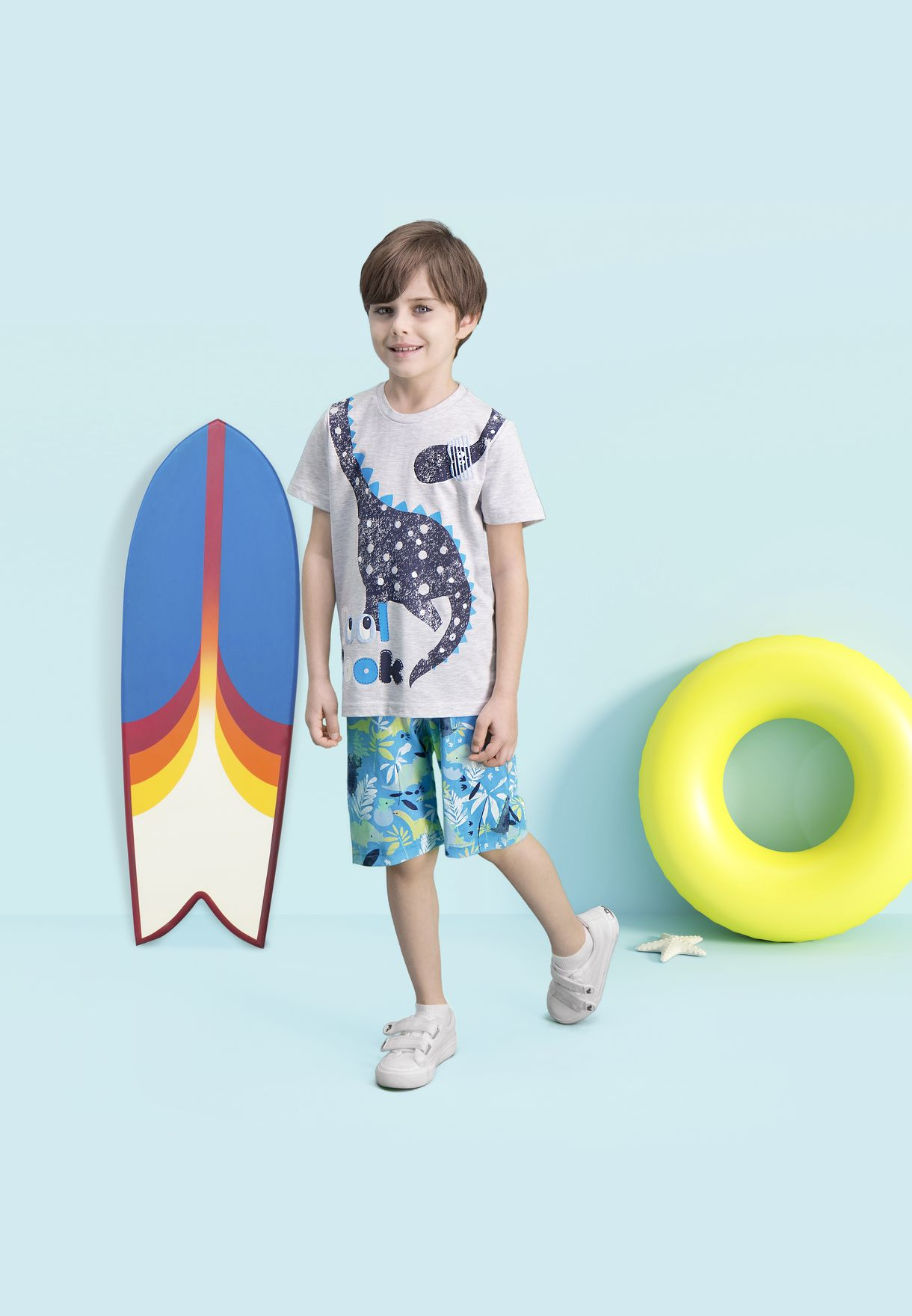 Kids Cool Look T-Shirt + Floral Shorts Set