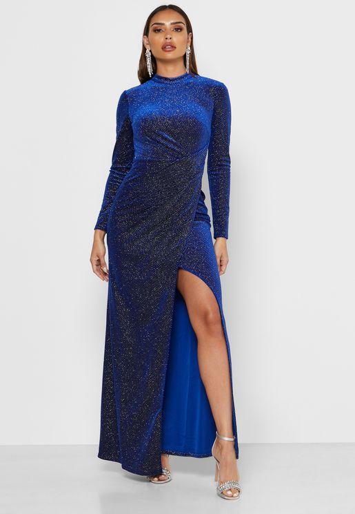 فستان لامع مزموم الجوانب