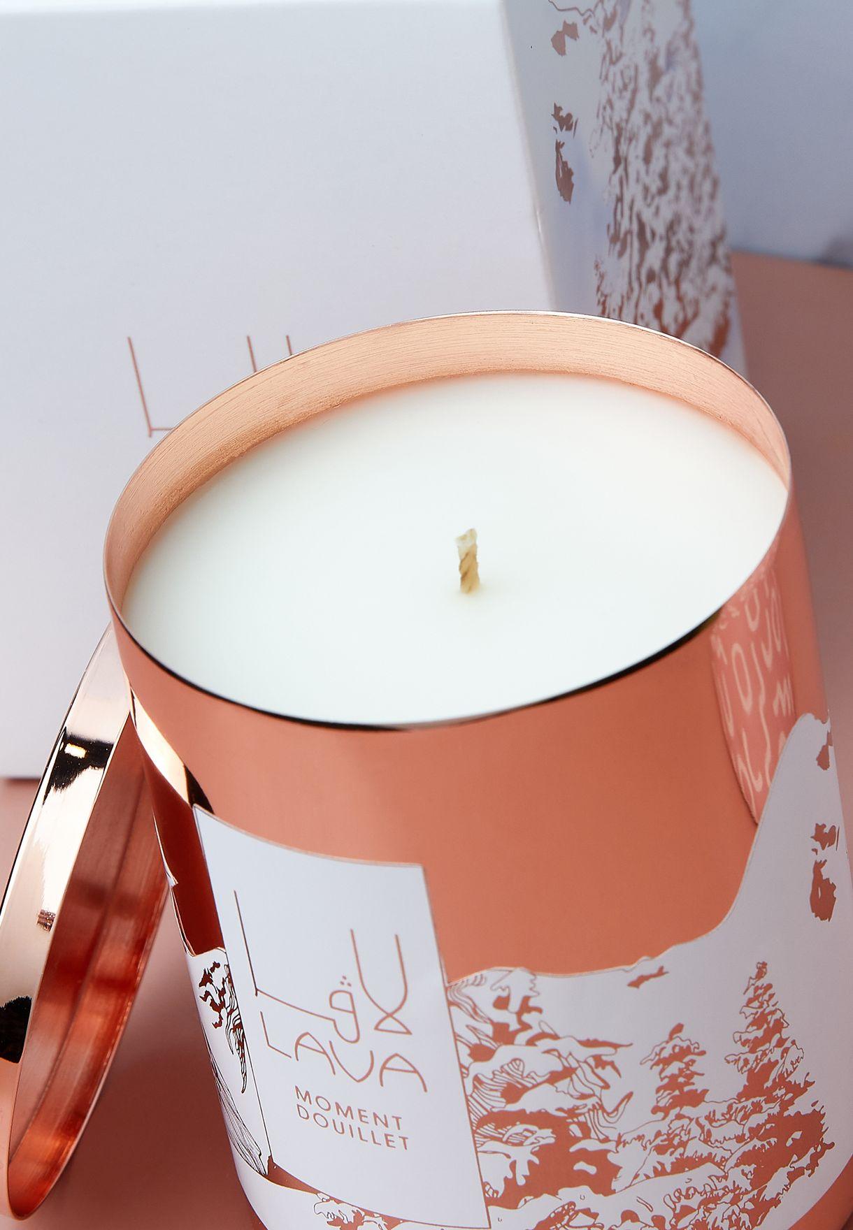 شمعة عطرية بالكراميل والبندق