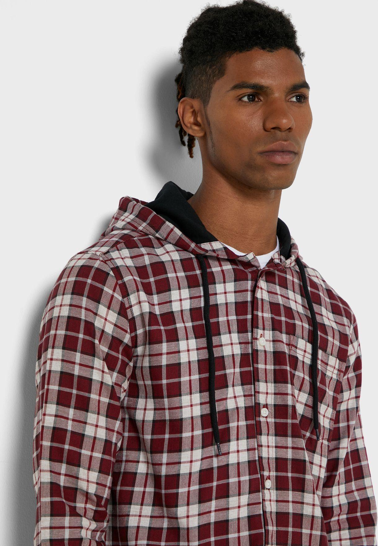 قميص بياقة هودي