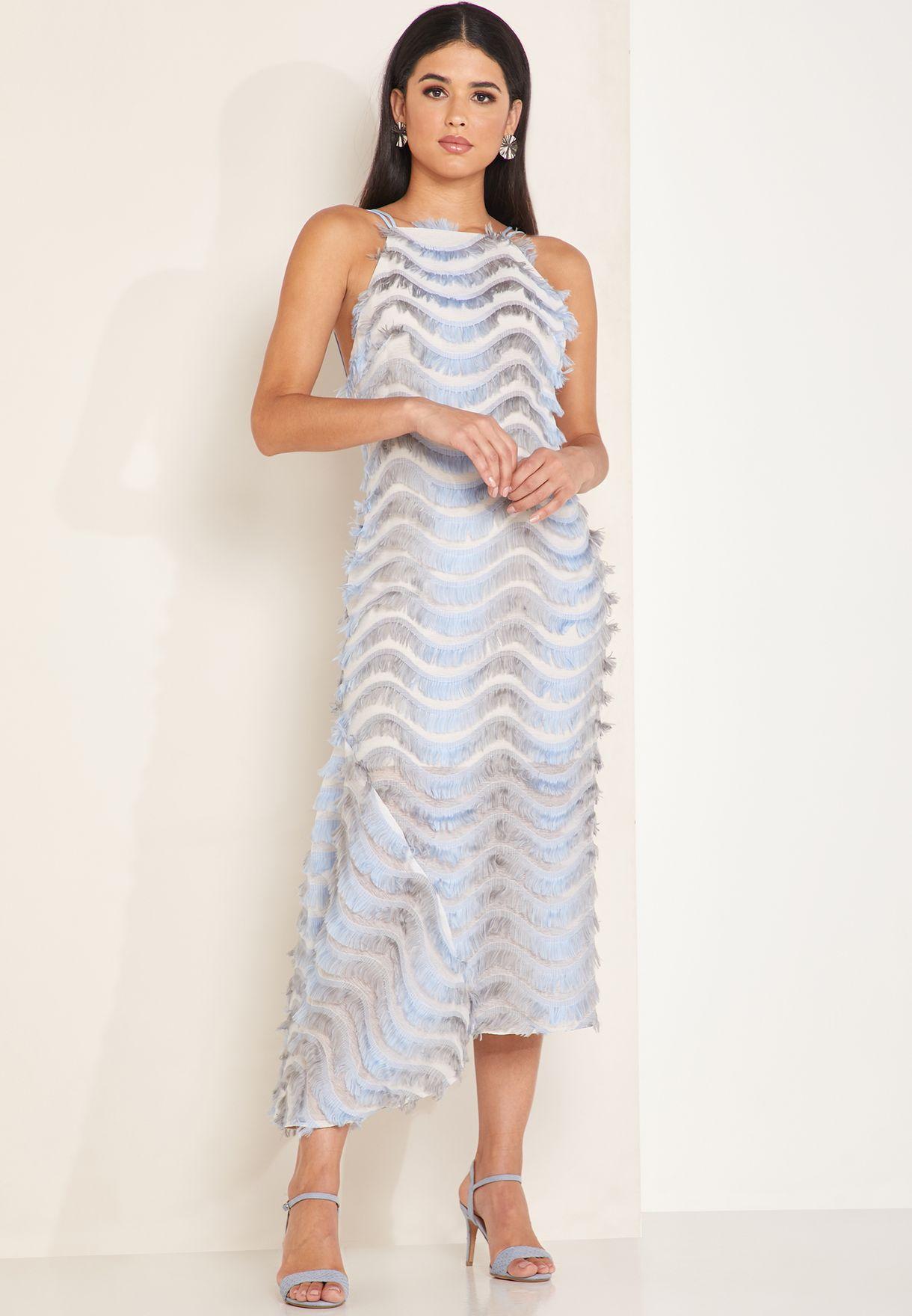 فستان بحافة غير متناظرة