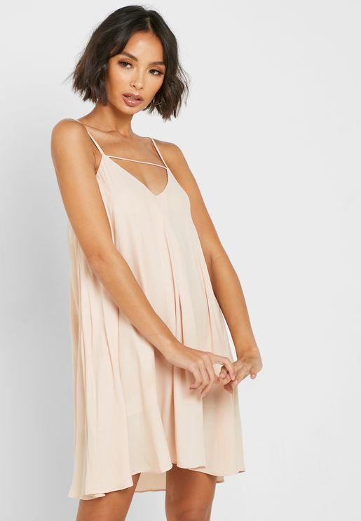 فستان بحمالات رفيعة واربطة خلفية