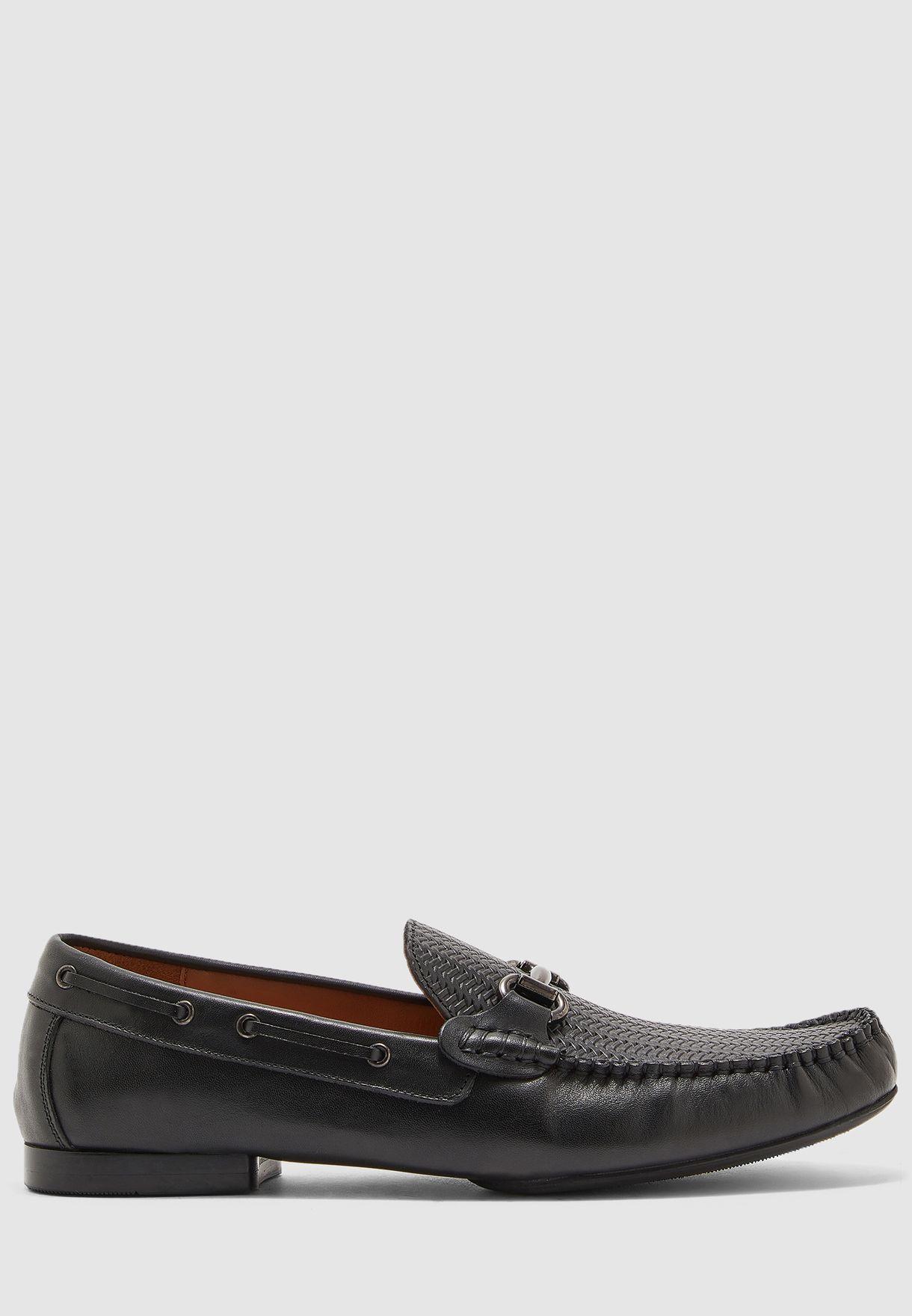 حذاء من جلد اصلي