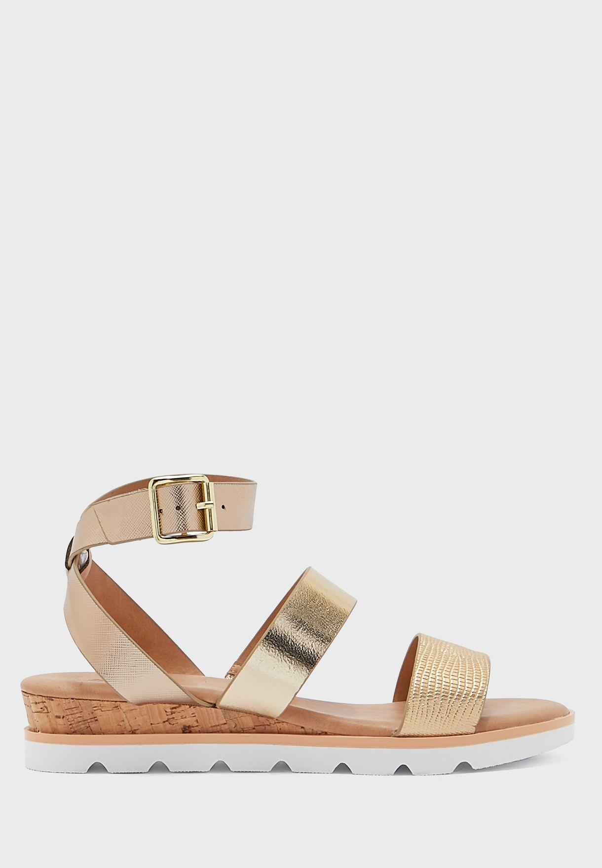 Wicinia Flat Sandals