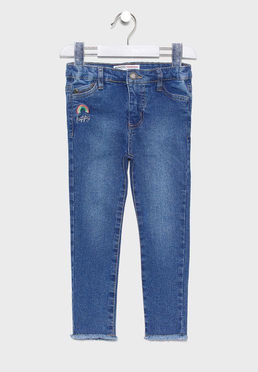 بنطال جينز بحافة منسلة