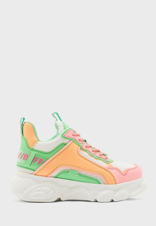 Chai Low Top Sneaker