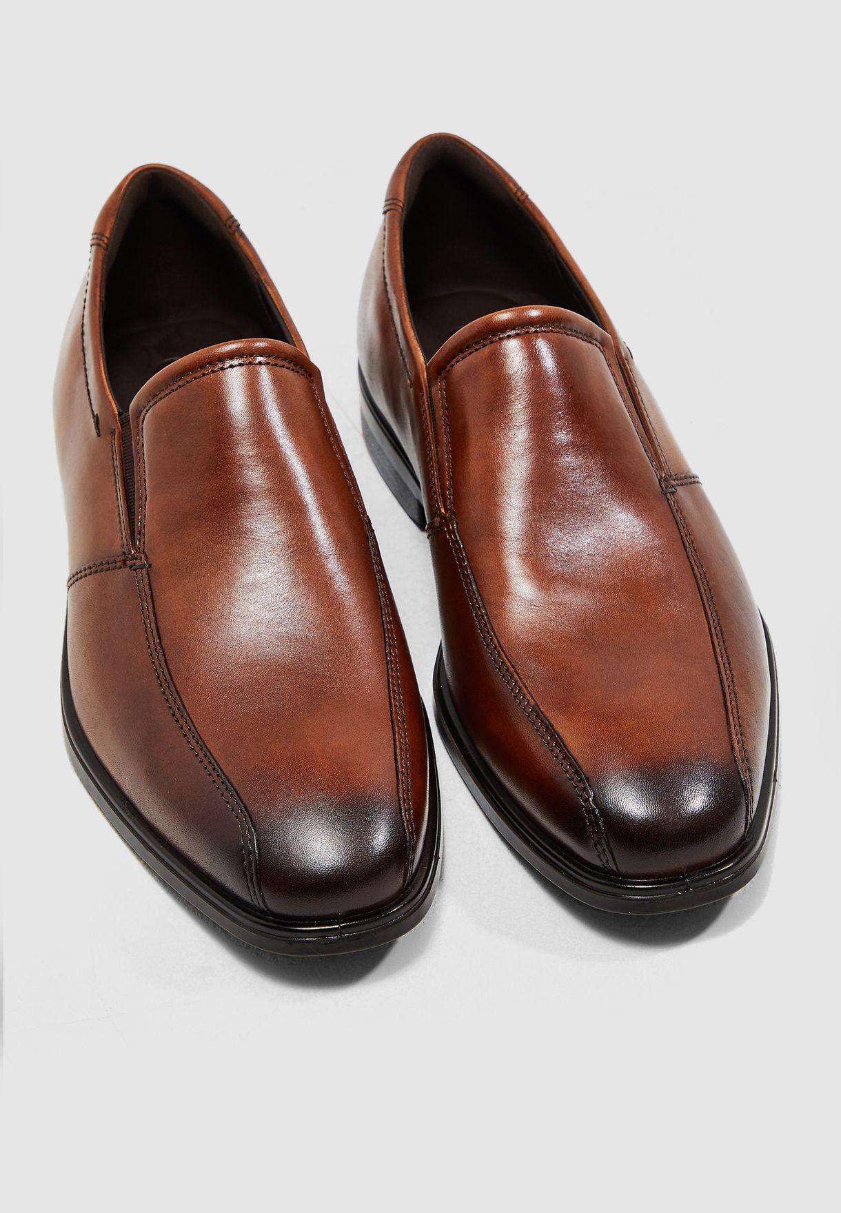 حذاء سهل الارتداء من الجلد الاصلي