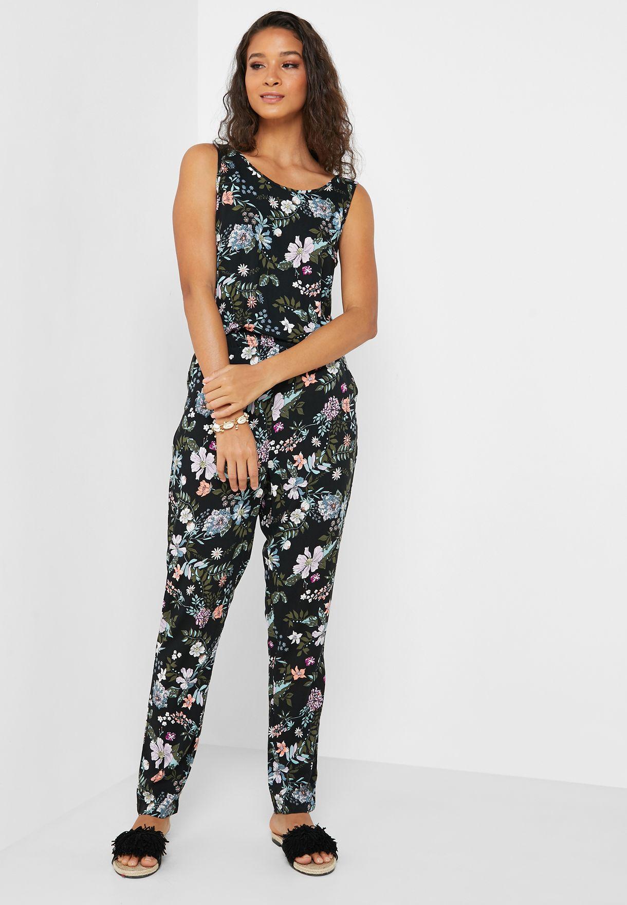0ff4d012e90 Shop Vero Moda black Floral Print Jumpsuit 10211490 for Women in ...