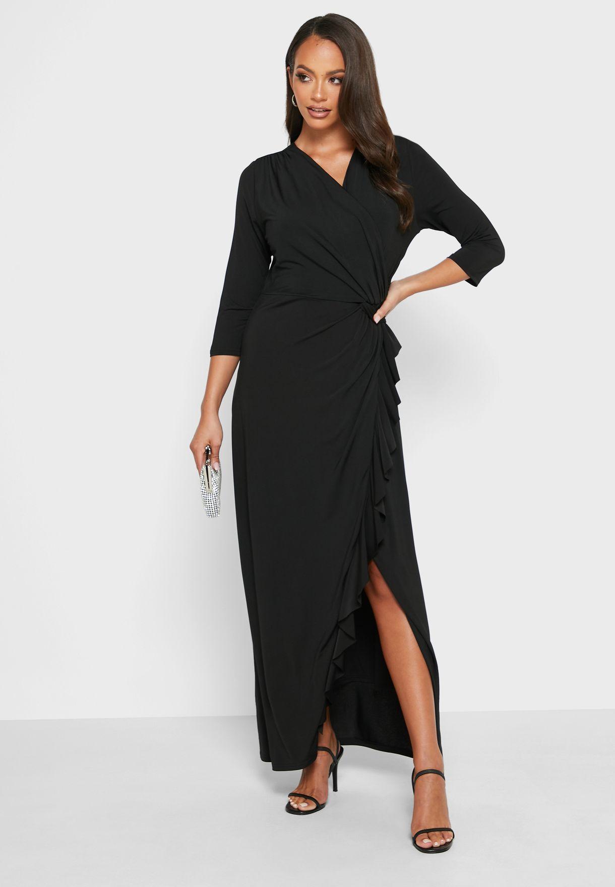 فستان بعقدة ملتوية