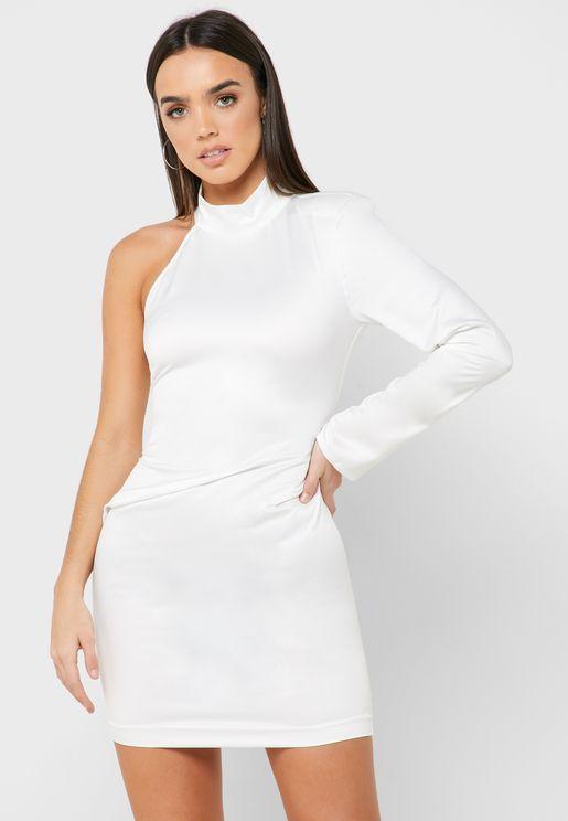 فستان بكتف واحد واجزاء مزمومة
