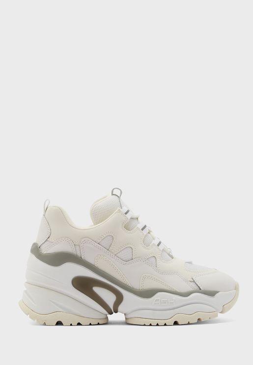 Bang Low Top Sneaker