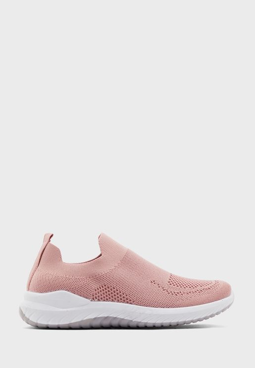 Breathable Knit Pull On Comfort Sneakers
