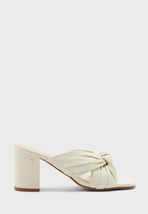 Pyford Knotted Sandals